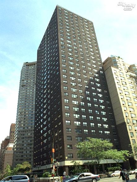 The Revere - 400 East 54th Street