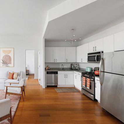Austin Nichols House, 184 Kent Avenue