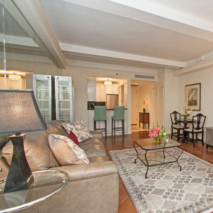 J.W. Marriott Essex House, 160 Central Park South