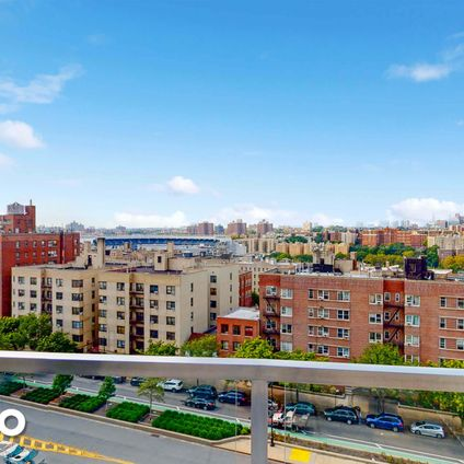 Concourse Towers, 1020 Grand Concourse