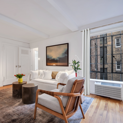 The Manor, 333 East 43rd Street