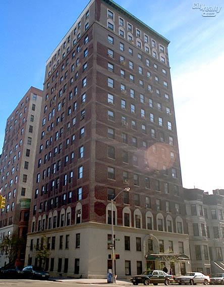 878 West End Avenue