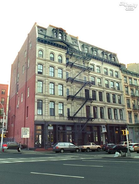 17 White Street