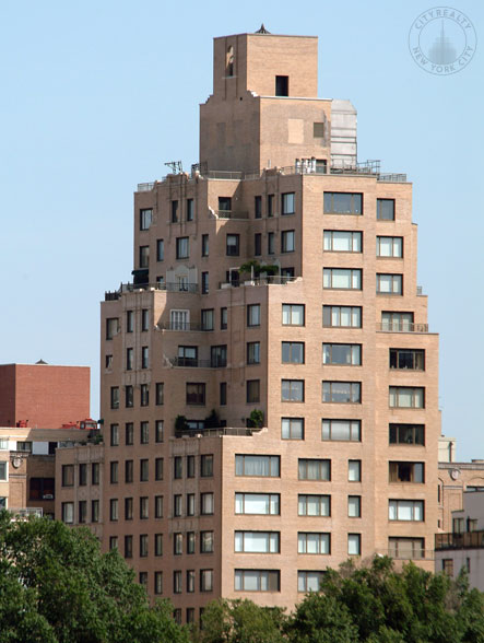 1049 Fifth Avenue
