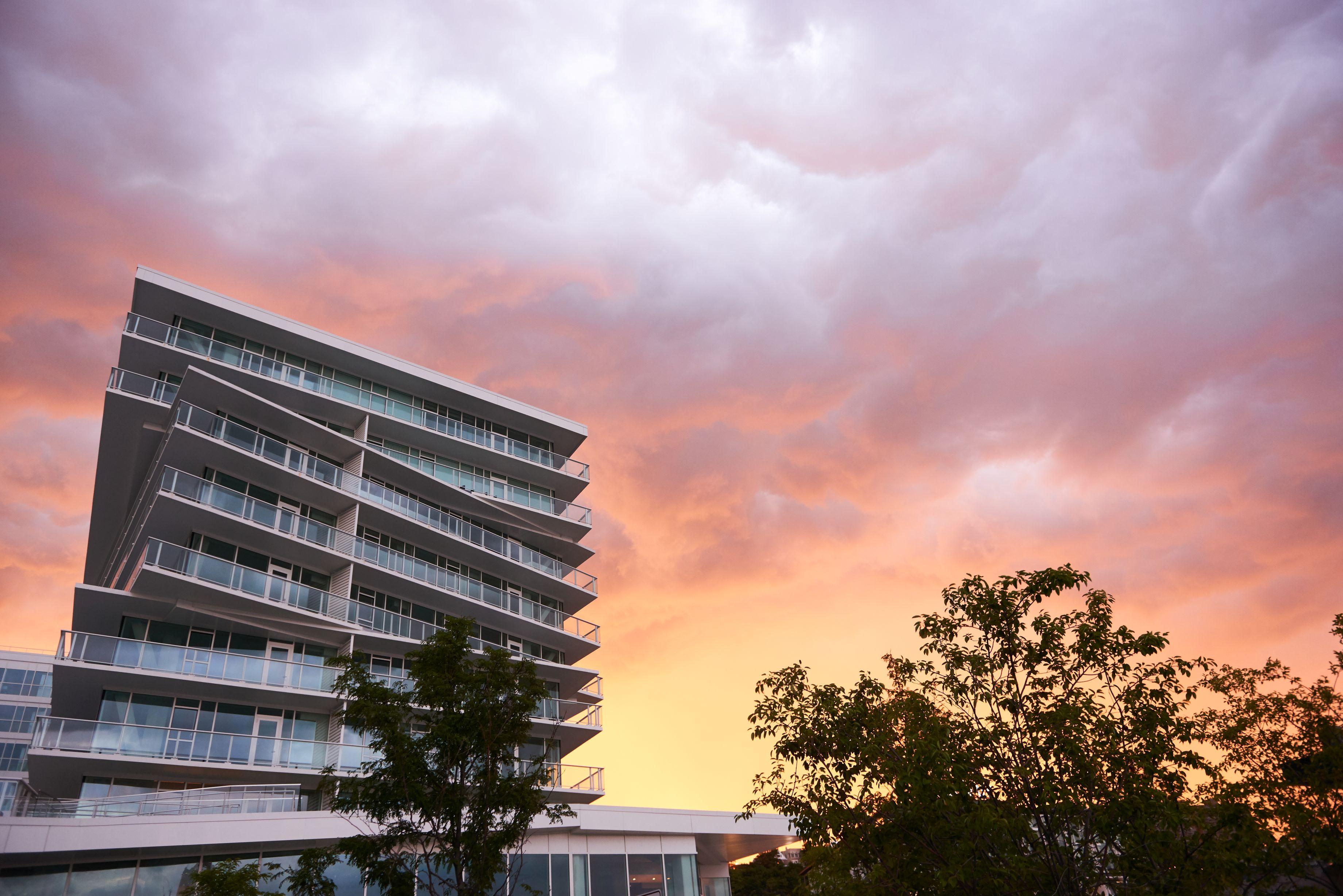 Avora, 800 Avenue at Port Imperial