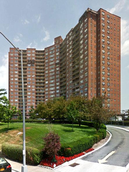 Skyview Riverdale, 5900 Arlington Avenue