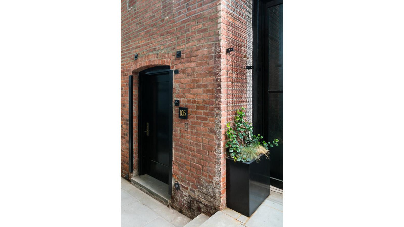 68 Richardson Street