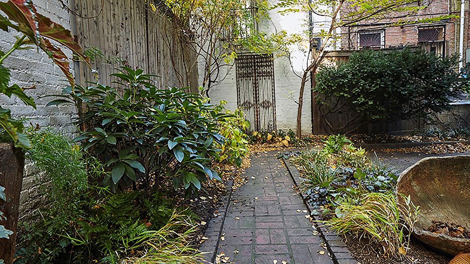 12 Gramercy Park South