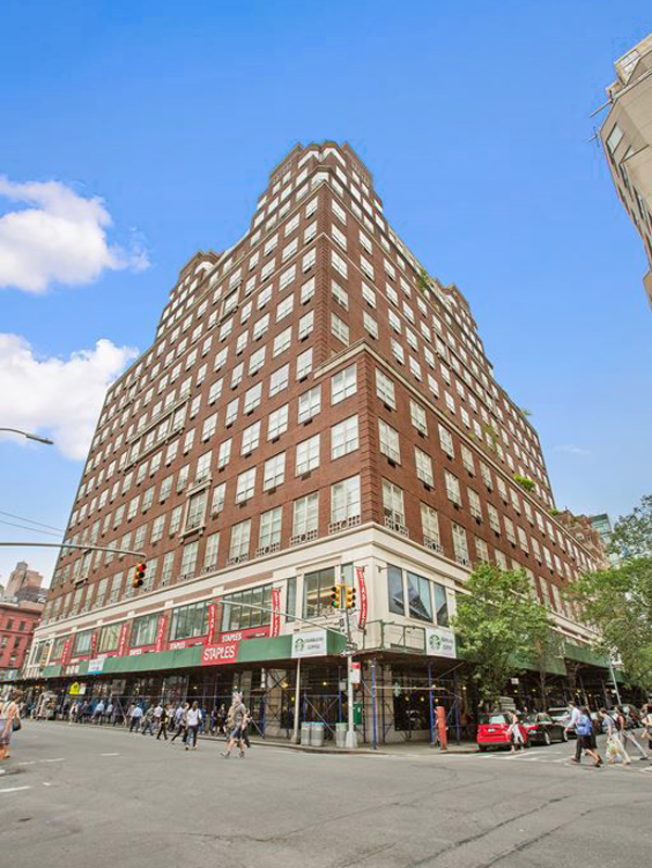 Park Avenue Court, 120 East 87th Street