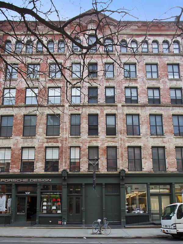 465 West Broadway