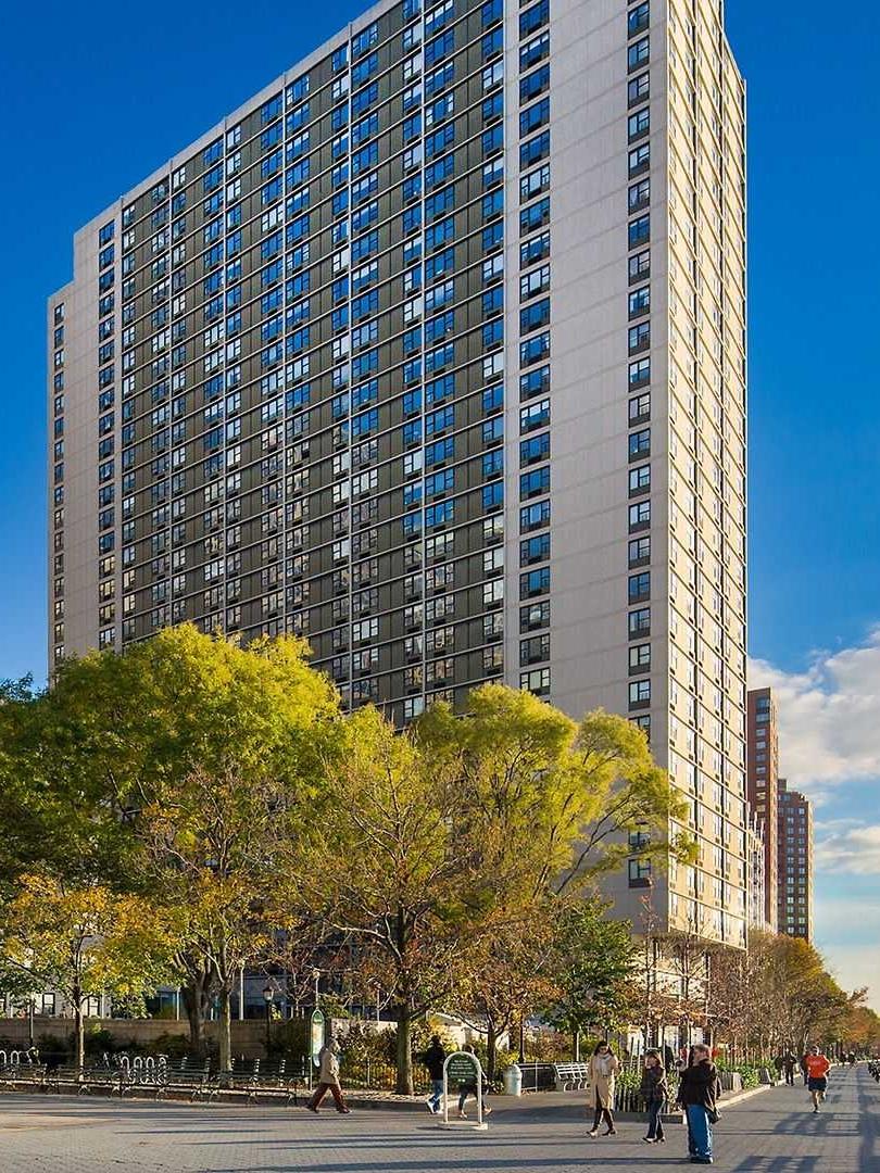Gateway - 345-395 South End Avenue