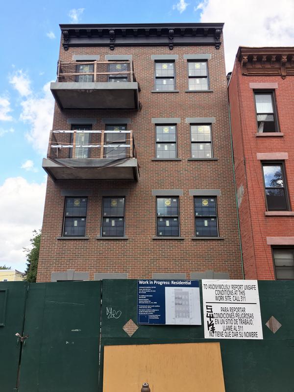 383 12th Street