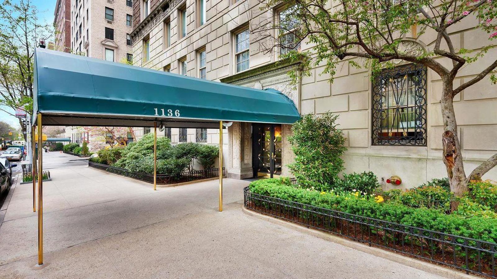 1136 Fifth Avenue