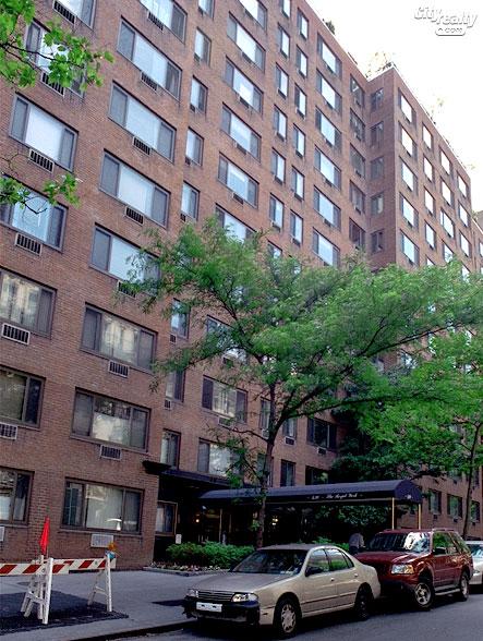 The Royal York II - 420 East 64th Street