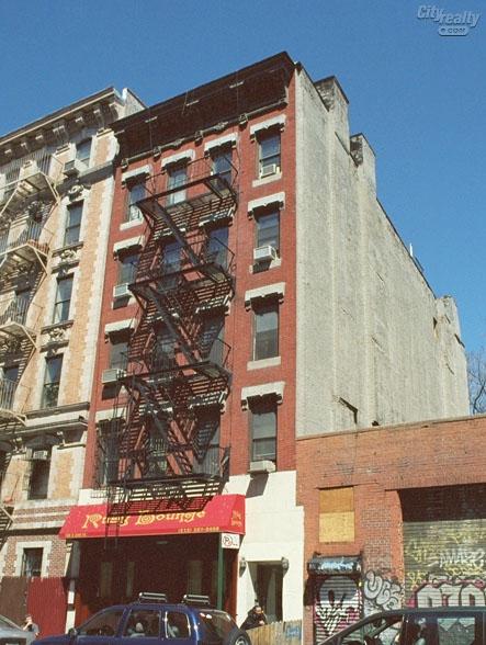 186 East 2nd Street