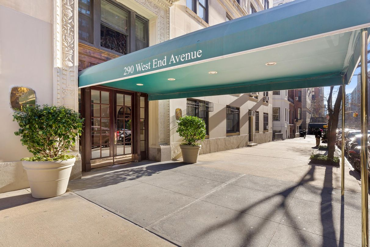 290 West End Avenue