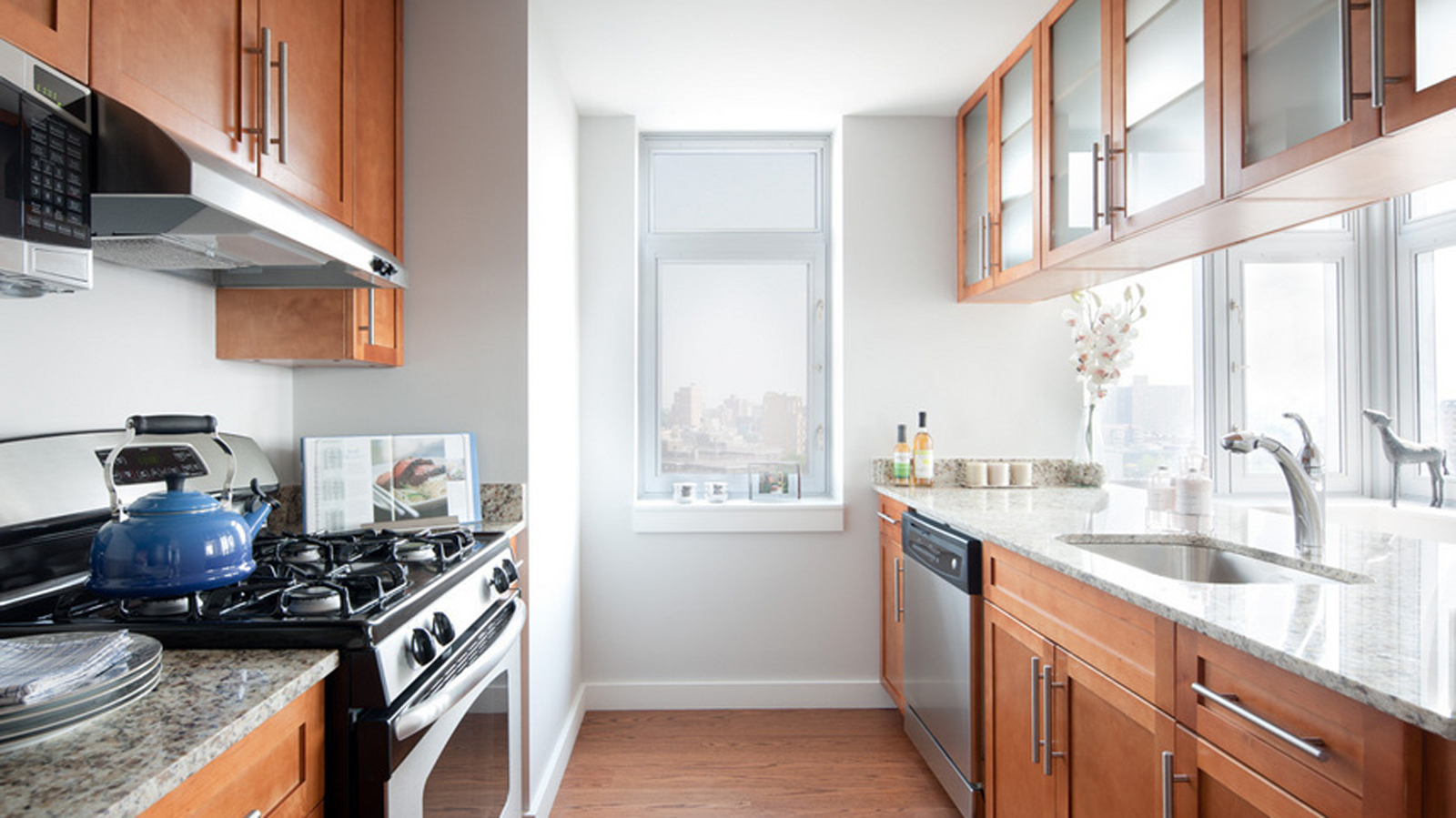 Sky View Parc Tower 1 40 26 College Point Boulevard Nyc Condo Apartments Cityrealty