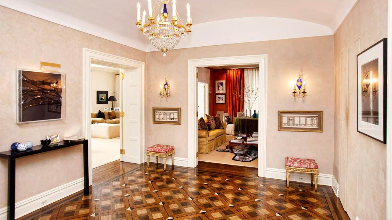 907 Fifth Avenue
