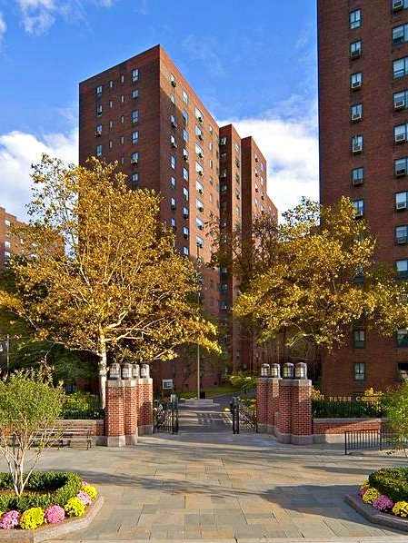Stuyvesant Town, 252 First Avenue