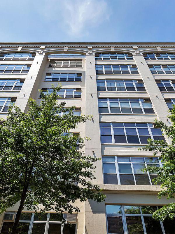 The Kent, 970 Kent Avenue
