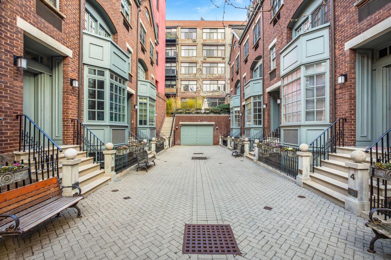 687 Greenwich Street