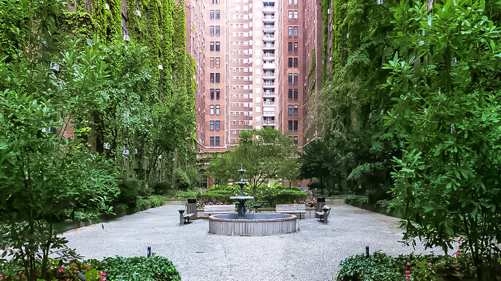London Terrace Gardens 425 West 23rd Street Nyc Rental