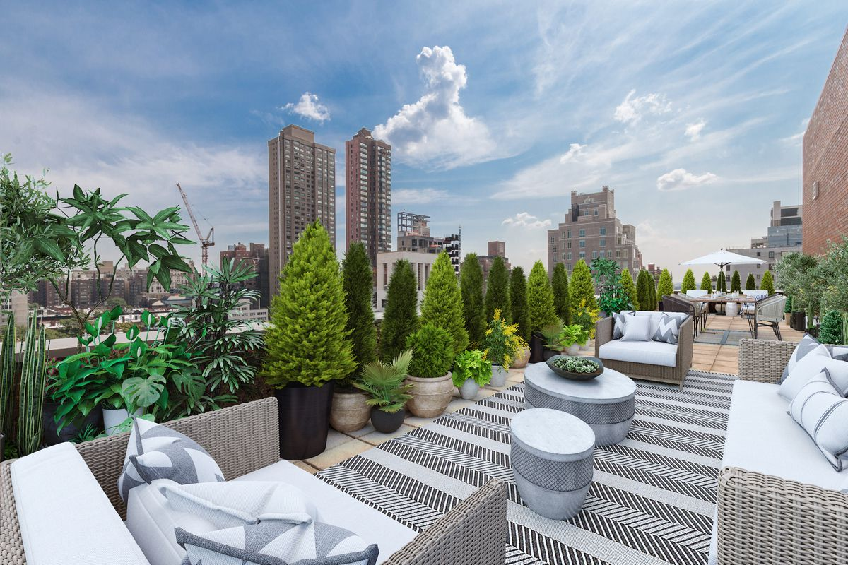 Carriage House, 510 East 80th Street, NYC - Condo Apartments