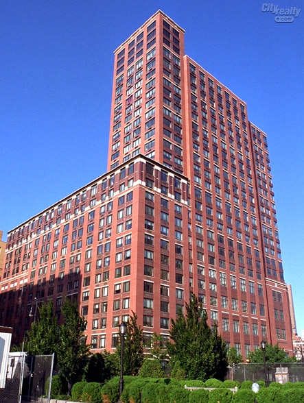 Tribeca Bridge Tower - 450 North End Avenue