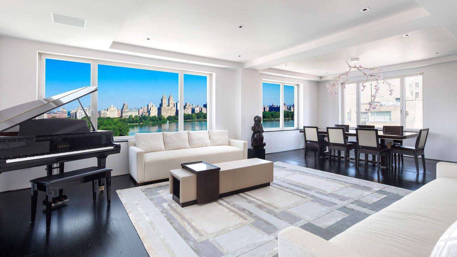 Living Room, 1049 Fifth Avenue, Condo, Manhattan, NYC