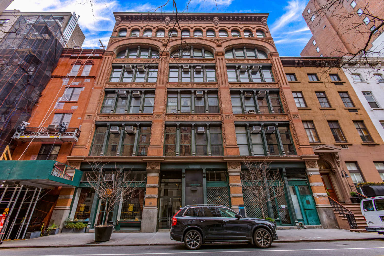 43 East 10th Street