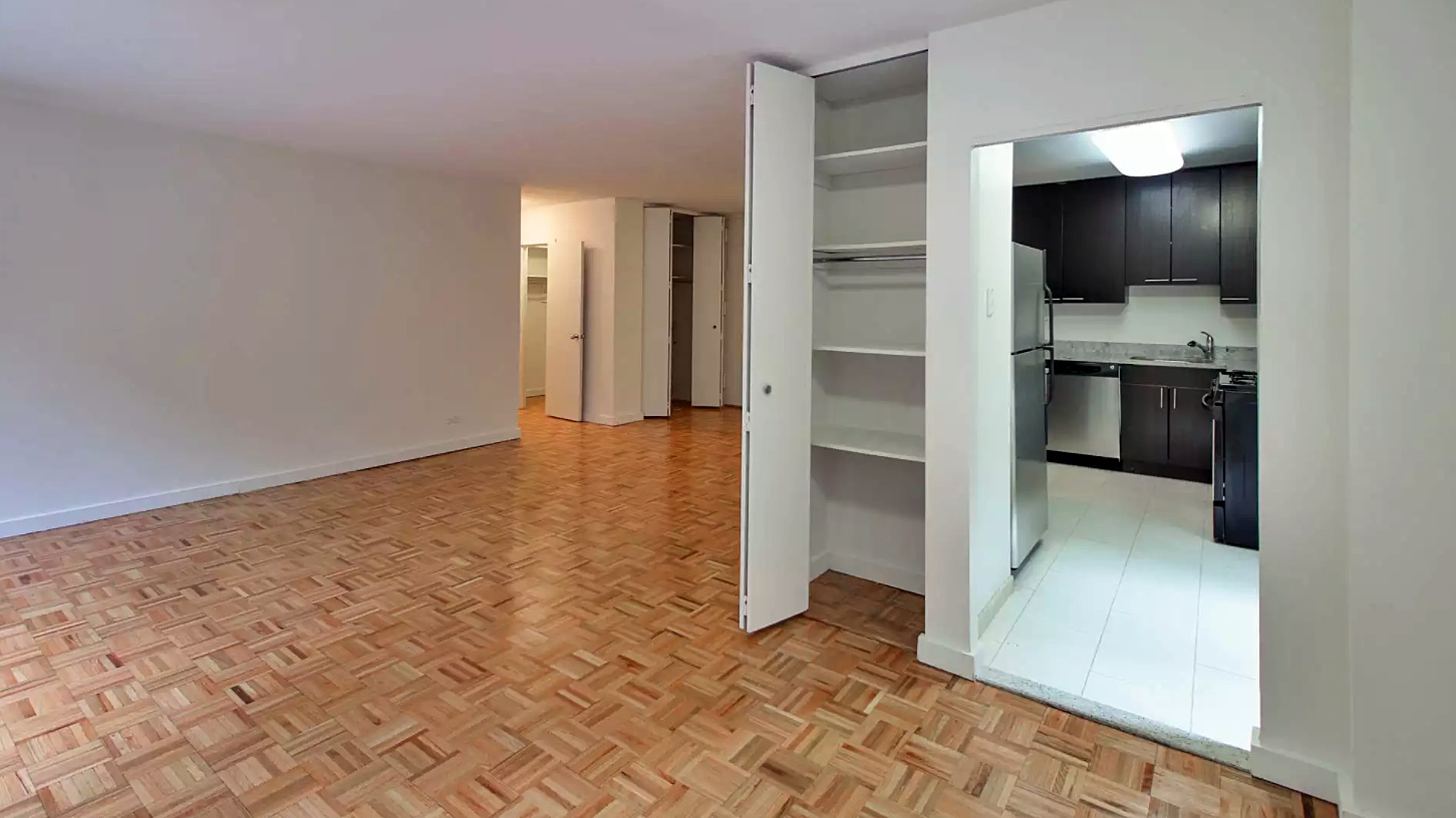 Th Avenue Apartments For Sale