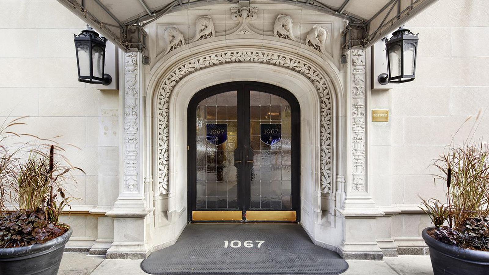 1067 Fifth Avenue