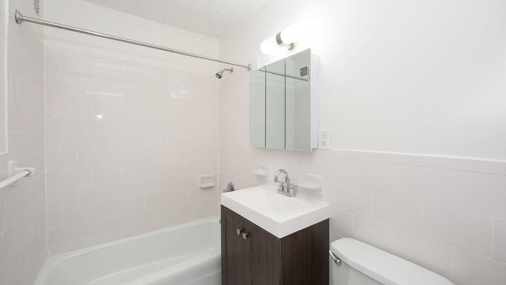 The Heritage, 1295 Fifth Avenue, NYC - Rental Apartments | CityRealty