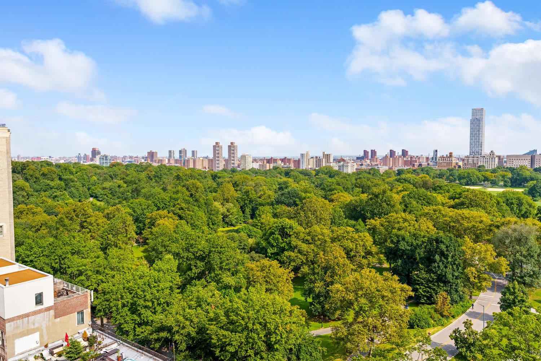 Park West Village, 400 Central Park West