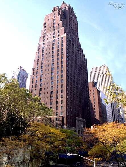 Woodstock Towers - 320 East 42nd Street