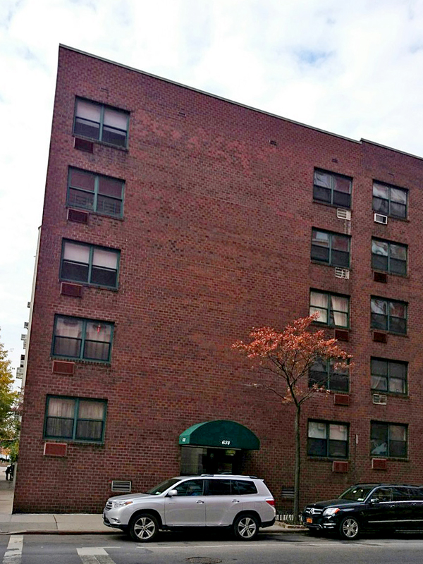 634 Washington Street