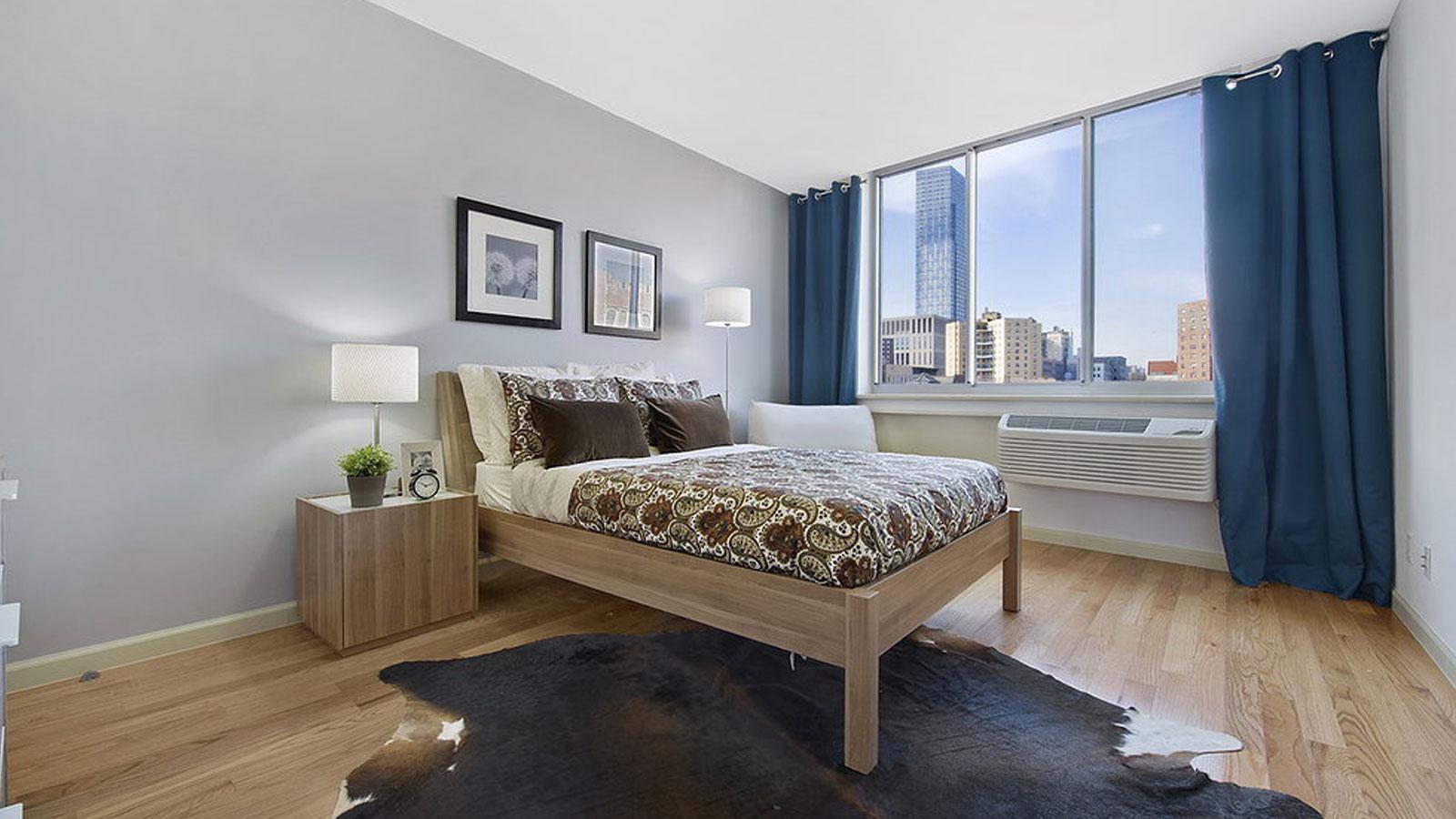 Lexington Hill Condominiums, 1635 Lexington Avenue