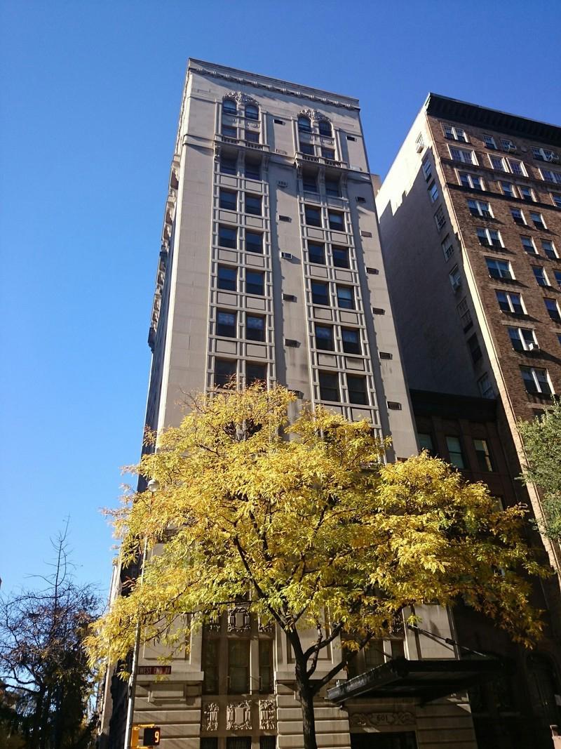 601 West End Avenue