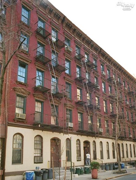 82 Horatio Street