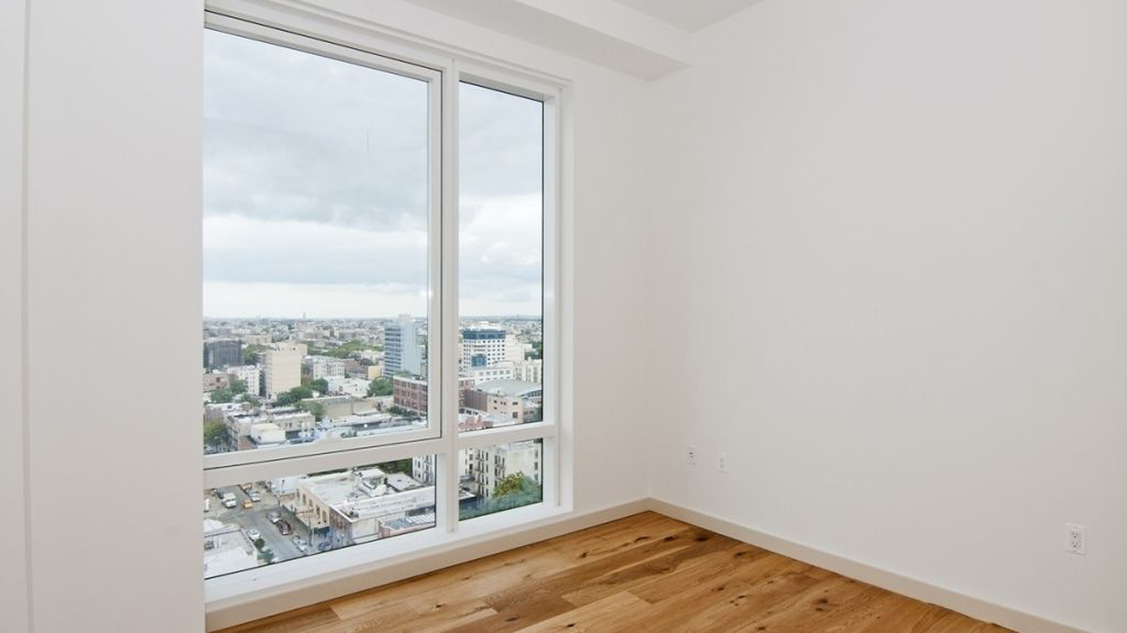 Q41, 23-10 41st Avenue, NYC - Rental Apartments | CityRealty on