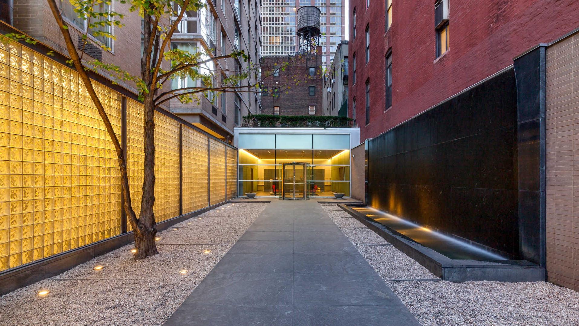 777 Sixth Avenue, NYC - Rental Apartments