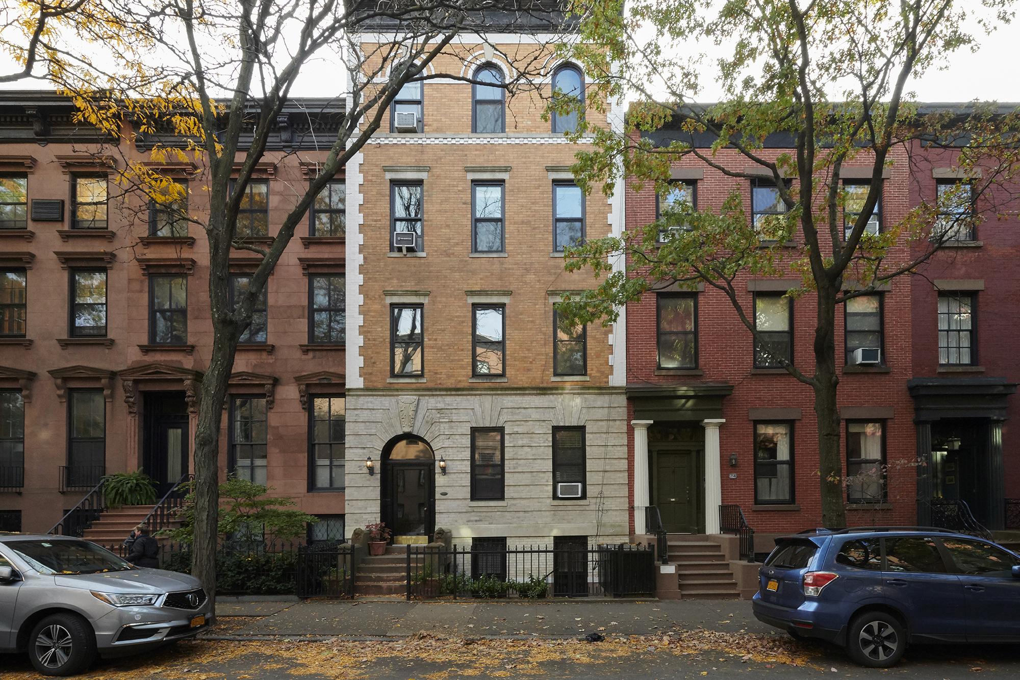 240 Warren Street