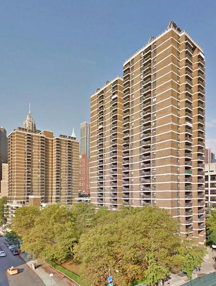 Southbridge Towers, 299 Pearl Street