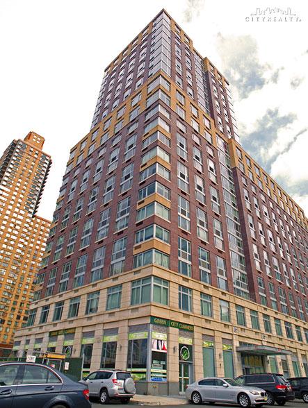 33 West End Avenue