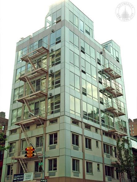 Gramercy 19, 148 East 19th Street