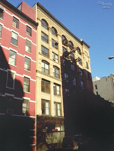 27 Bleecker Street