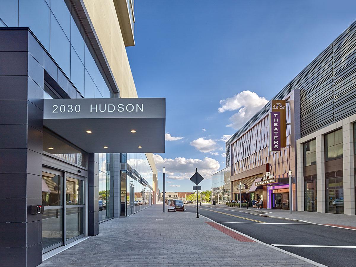 Hudson Lights, 2030 Hudson Street