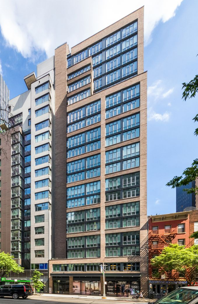 The Lindley, 591 Third Avenue