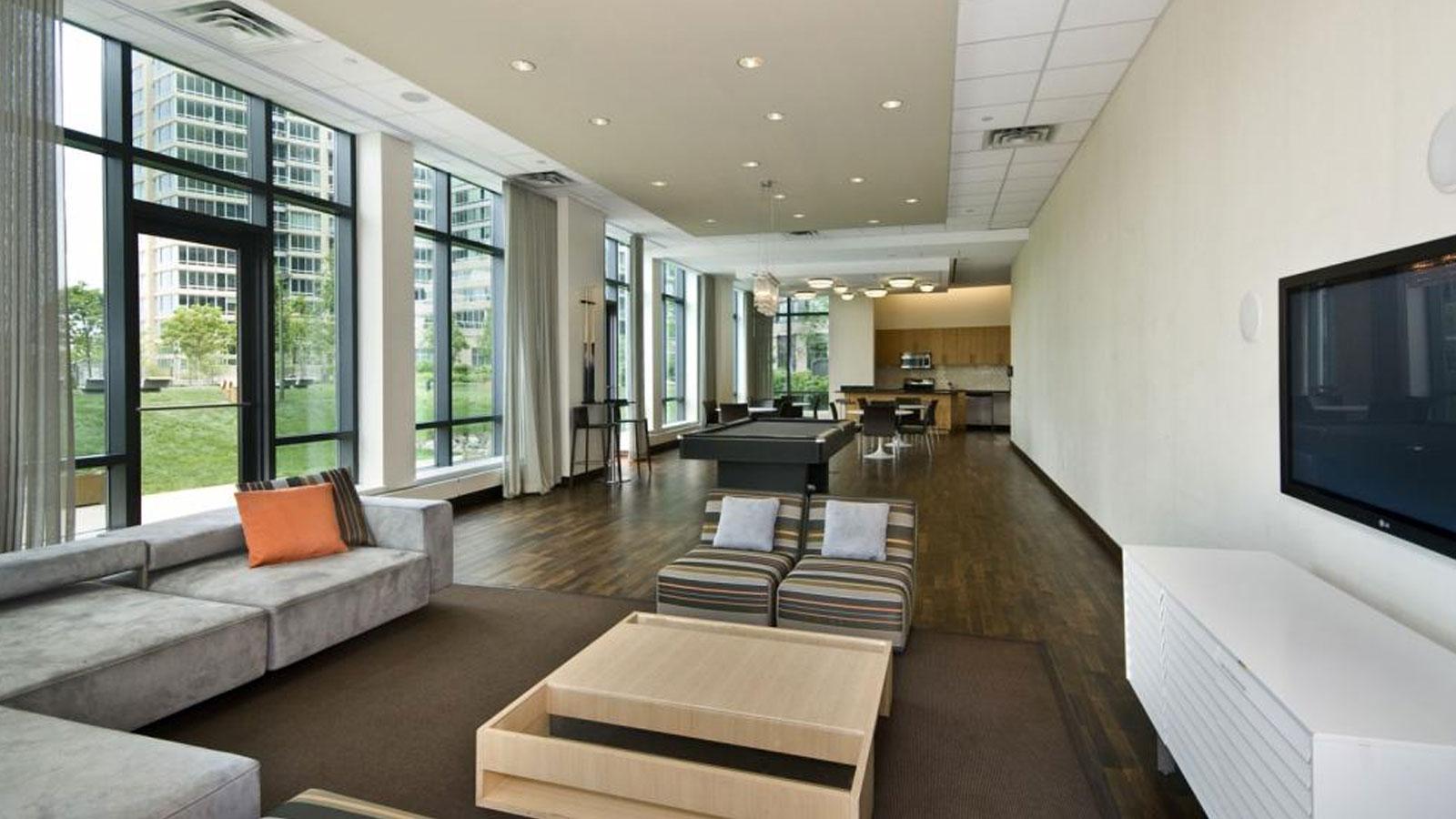 4720 Center Boulevard, NYC - Rental Apartments | CityRealty