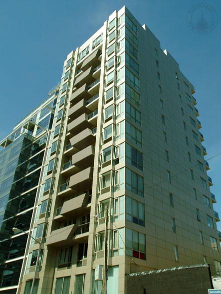 The Vista, 44-15 Purves Street